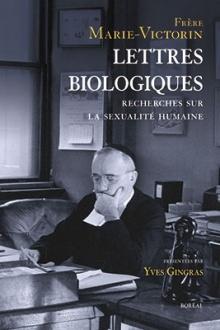 Page couverture du livre : photo du père (religieux), qui lit une lettre avec attention, une main tenant son menton.